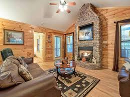 bearfoot hideaway 3 bedrooms tub large yard game room