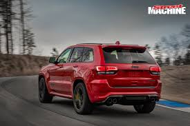 trackhawk jeep engine 707hp hellcat powered jeep grand cherokee trackhawk revealed
