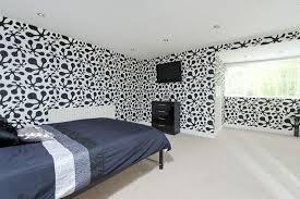 Wallpaper Borders Uk For Bedroom 30 Best Diy Wallpaper Designs For Bedrooms Uk 2015