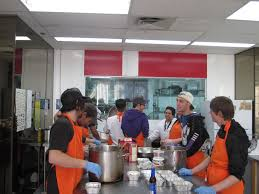 cuisine collective montr l jeunes en hochelaga maisonneuve s envoler vers l avenir