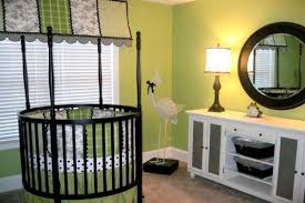 26 round baby crib designs for a colorful and cozy nursery