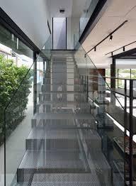 inside a house with and atrium habitus living
