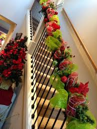 Banisters Flowers 35 Amazing Christmas Staircase With Banister Ornaments Home