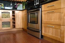oak kitchen cabinet replacement doors oak kitchen cabinets oak shaker oak kitchen