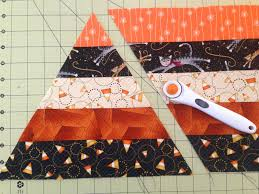 sister of the divide candy corn table topper tutorial