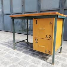bureau tri postal bureau tri postal ancien bureau de tri postal vintage bureau