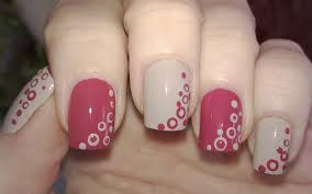 life world women simple and pretty two color dotted nail art