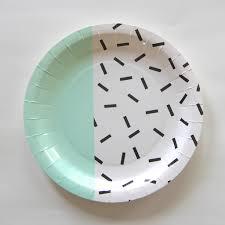 vaisselle jetable fete idées décoration anniversaire enfant thème fille achat vente