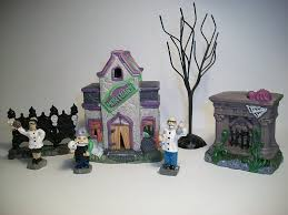 halloween themed cake toppers halloween cake toppers halloween wikii