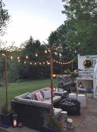 Stringing Lights In Backyard by Best 10 Outdoor Hanging Lights Ideas On Pinterest Patio