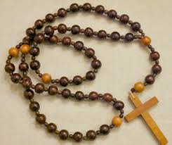 rosary store colorful wood painted rosary thrift store upcycle decor challenge
