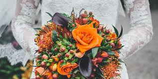 Wedding Floral Arrangements 20 Best Fall Wedding Flowers Wedding Bouquets And Centerpieces