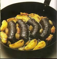 spécialité normande cuisine spécialités culinaires normandes boudin noir aux pommes ma