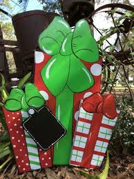 Christmas Yard Art Decorations by Best 25 Outdoor Christmas Presents Ideas On Pinterest