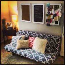 Futon Ideas | use a duvet for a futon cover in a craft room that doubles as a