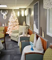 decorate a hospital room our holiday makeover at the children s hospital young house love