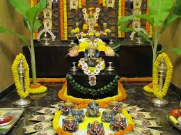 How To Decorate Janmashtami At Home Ganesh Chaturthi Decoration At Home For The Home Pinterest