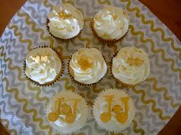 diamond wedding anniversary cupcakes 100 cakes for golden wedding anniversary golden wedding