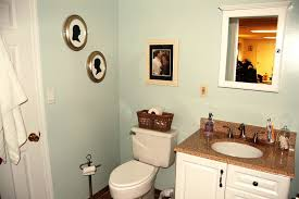 apartment bathroom ideas decorate small apartment bathroom decor ideas with apt