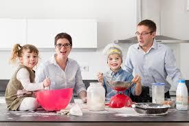 cuisine famille portrait de famille des bêtises en cuisine lucille images