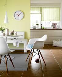 wohnideen terrakottafliesen frischekick für die küche lindgrün weiß terrakotta natürliche