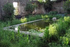 modern family garden paradise found designer dan pearson u0027s modern garden for a
