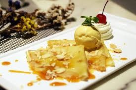 cuisine cepes อร อยใจกลางเม องท the twist bar bistro well hotel