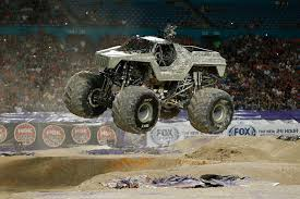monster truck jam miami image df33a268 02f4 47aa bd22 eb7e65a6d458 jpg monster trucks
