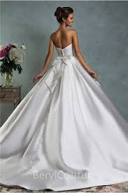 Wedding Dresses Ball Gown Simple Royal Ball Gown Strapless Satin Draped Wedding Dress With