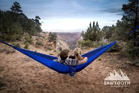 amazon com sawtooth double camping hammock with tree straps and