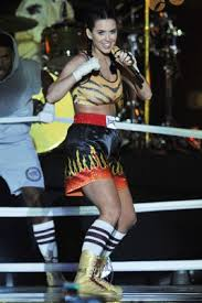 Boxing Halloween Costumes Halloween Costume Cute Celeb
