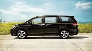 toyota minivan 2013 toyota sienna vs 2013 dodge grand caravan east troy wi