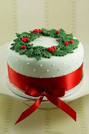 dulcet richly embellished christmas decorative cake ideas