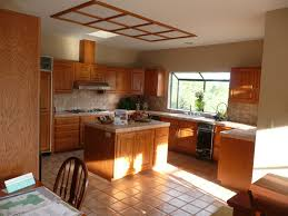 brown kitchen walls with oak cabinets kitchen decoration