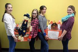 students thanksgiving baskets keep hunger away this