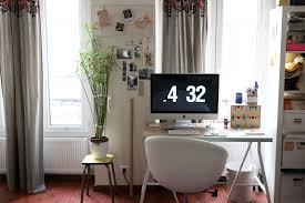 bureau avec treteau une planche et deux tréteaux morning by foley