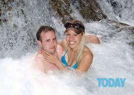 scopate nella doccia fanno sesso sotto la doccia poi uccide il fidanzato