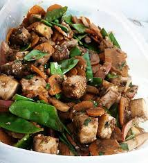 cuisiner tofu fumé recette de wok de légumes végétarien