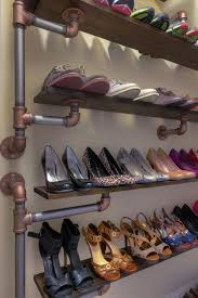 best 25 shoe rack pallet ideas on pinterest diy shoe rack shoe