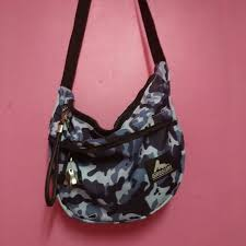 Jual Beg beg untuk di jual s fashion bags wallets on carousell