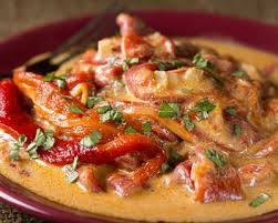 cuisiner blancs de poulet recette blancs de poulet sauce aux poivrons express