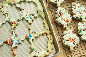 how to perfectly cut cookies into any shape the american patriette