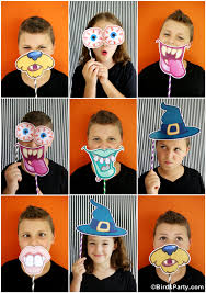 Photo Booth Prop Ideas Diy Halloween Party Photo Booth With Free Printables Party Ideas