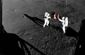 Is The American Flag Still Standing On The Moon Moon Landing Photos Legacy Com