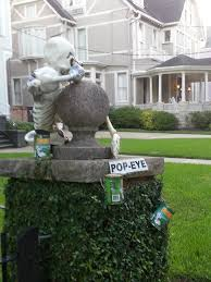 myomg guide to the best and worst halloween decorations in