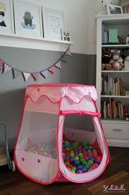 kinderzimmer in grau ullatrulla backt und bastelt kinderzimmer in grau weiß und rosa