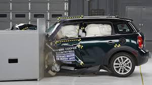 mini cooper countryman wins small car crash tests nissan leaf