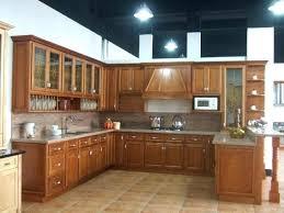 cuisine en bois moderne modele de cuisine en bois clair 4 socialfuzz me
