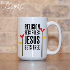jesus sets free christian mug christian quote mug bible