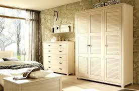 armoires de chambre modele d armoire de chambre a coucher design dintacrieur model